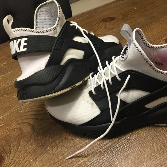 Nike Air Huarache Men's Size 13 (K369)